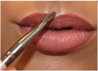 iluminando os labios