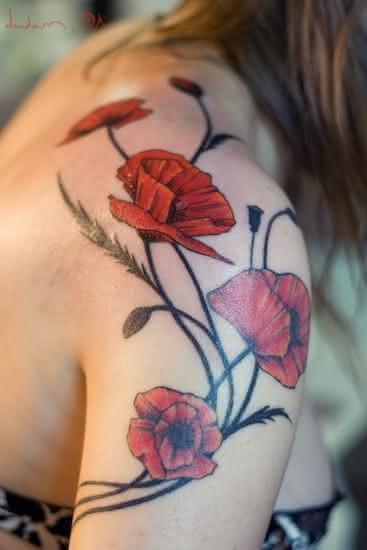 Desenhos-de-tatuagem-para-mulheres-30