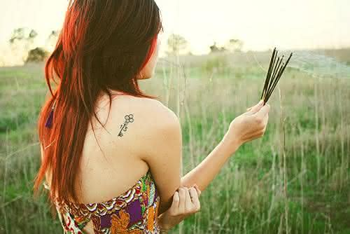 Tatuagem-feminina-costas