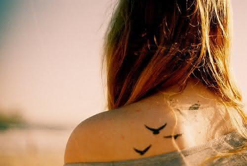 tatuagens-de-andorinhas-131