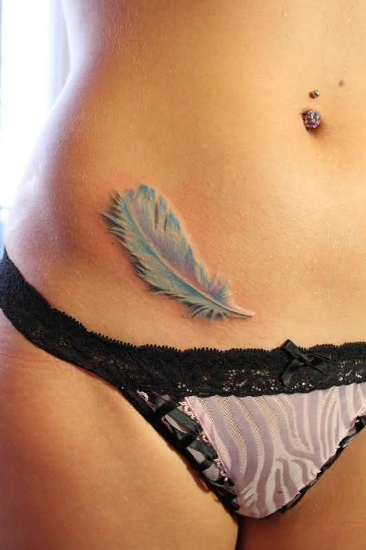 tatuagens-feminina-pena-3d