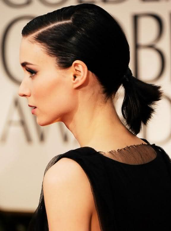 Cute-Short-Ponytail-Hairstyle