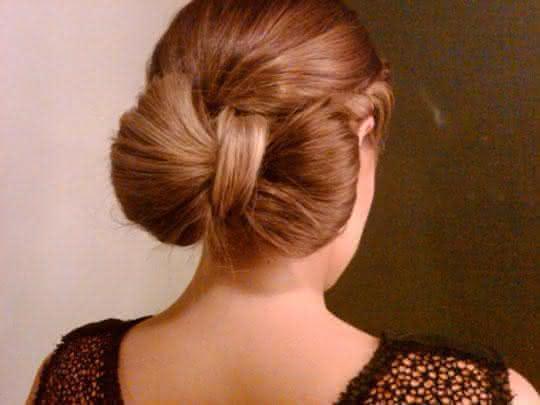 penteados-e-ideias-para-festas-de-final-de-ano---trancas-e-coques13420