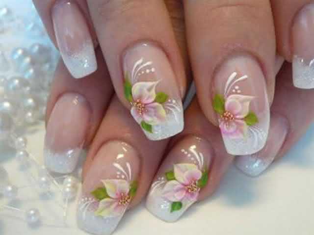 Aprenda-a-fazer-flores-nas-unhas-3