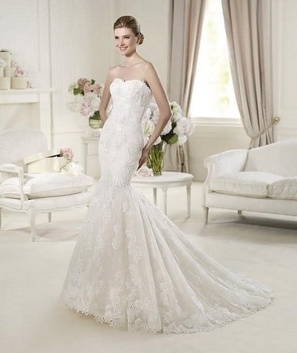 Pronovias-Fashion-2013-Wedding-Dresses-Collection_34