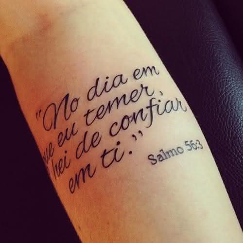 Tatuagem escrita salmo 56
