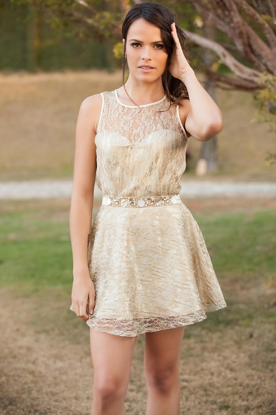 vestido de renda bege 6