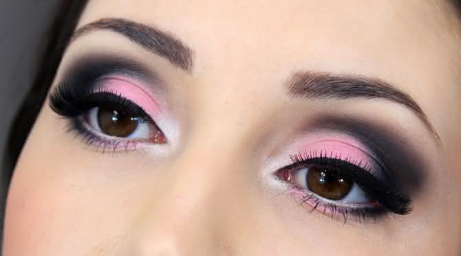 06-maquiagem-especial-outubro-rosa-para-noite