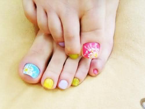 1118057-unhas-decoradas-aprenda-a-fazer-desenho-nas-unhas-17