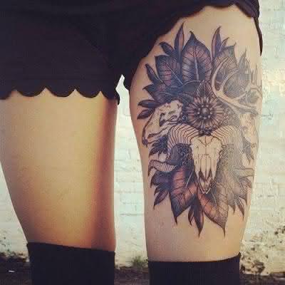 tatuagem-granda-na-coxa