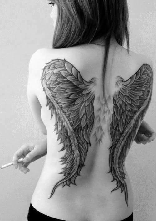 tumblr-tatuagens-grande-costa-feminina