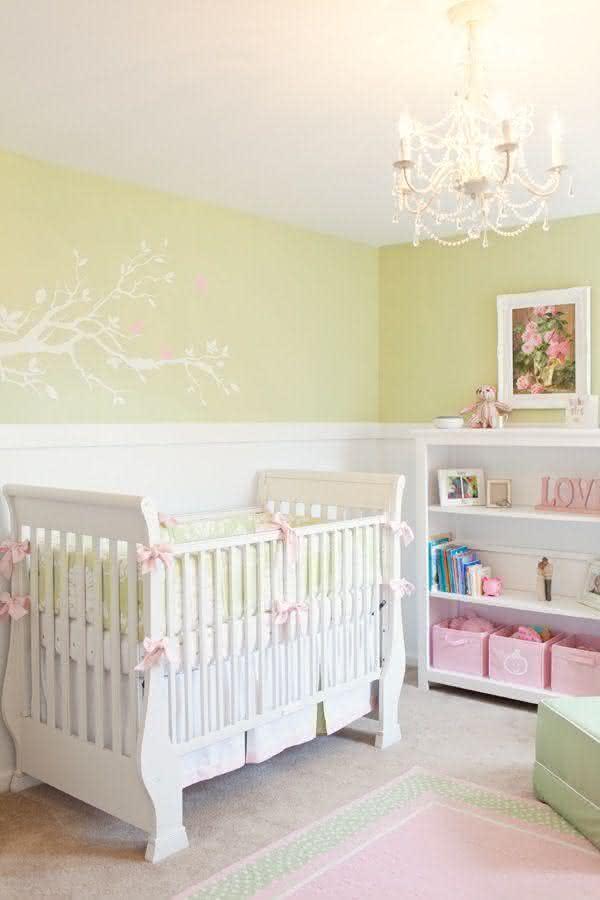 quarto-decorado-bebê-menina