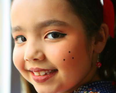 crianca-maquiagem-são-joao