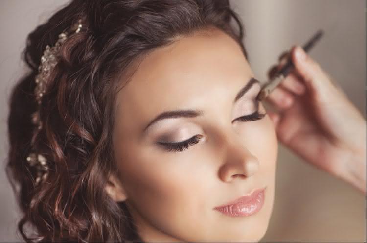 como_fazer_maquiagem_noiva_passo_passo