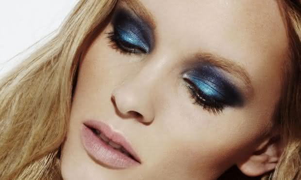 maquiagem-azul-e-preta