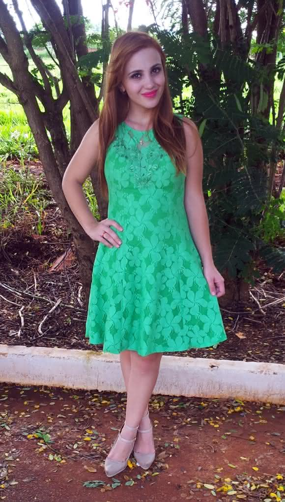 look-natal-vestido-renda-verde-15
