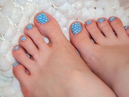 unhas-dos-pés-decoradas-2017-simples