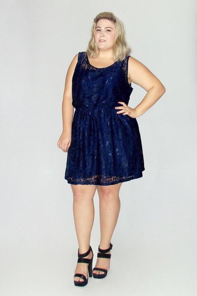 vestido-renda-plus-size-