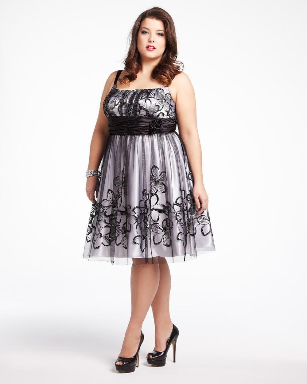 vestidos-de-formatura-convidada-plus-size-10
