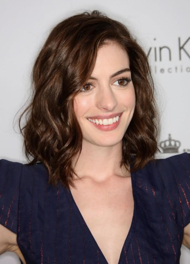 cortes-para-cabelo-ondulado-médio