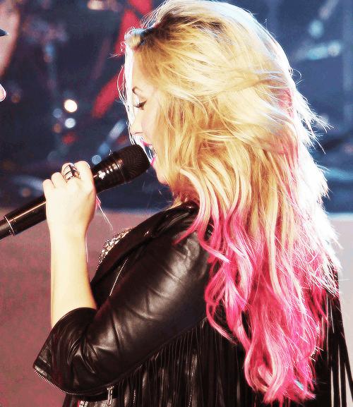 cabelo-colorido-famosas