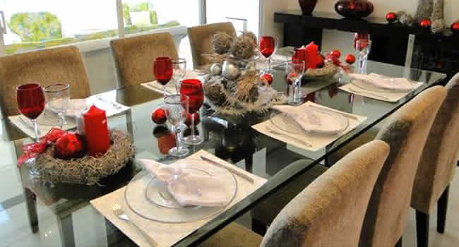 decoracao de arvore de natal simples e barata : decoracao de arvore de natal simples e barata: , sua mesa ficará simples, porém elegante para uma noite de natal