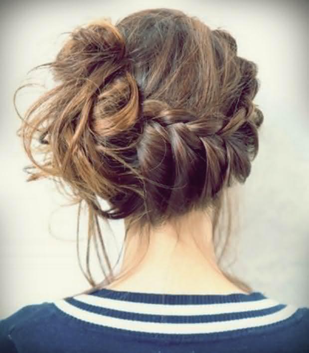 penteado-com-coque-fácil-com-trança