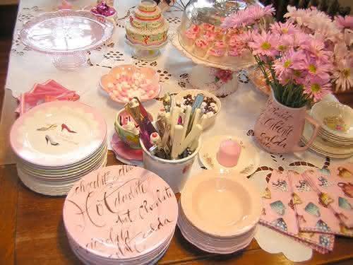mesa-decoração-de-chá-de-bebê-para-menina