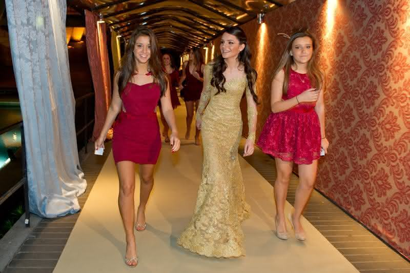introdução-vestidos-debutante