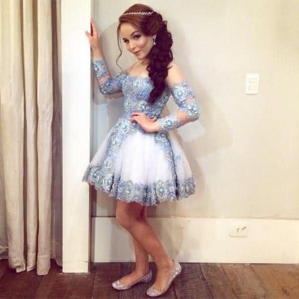 vestidos para debutante curto azul