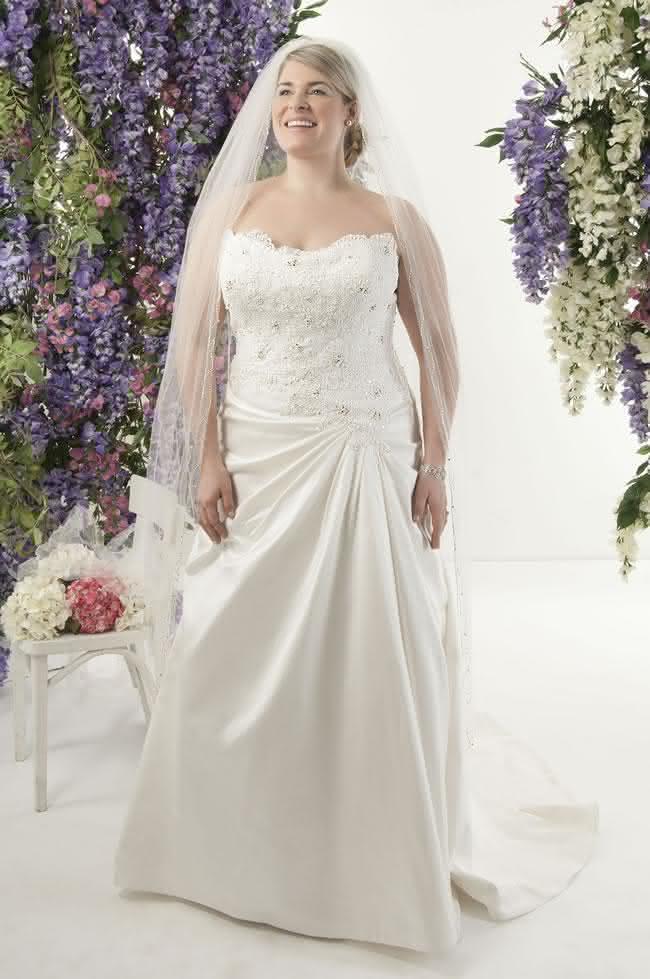 vestido-de-noiva-plus-size-romantico-colecao-callista-St-Tropez