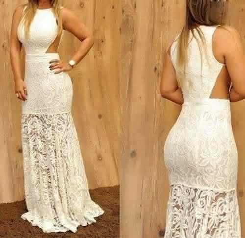 Vestido para noivado rendado aberto do lado