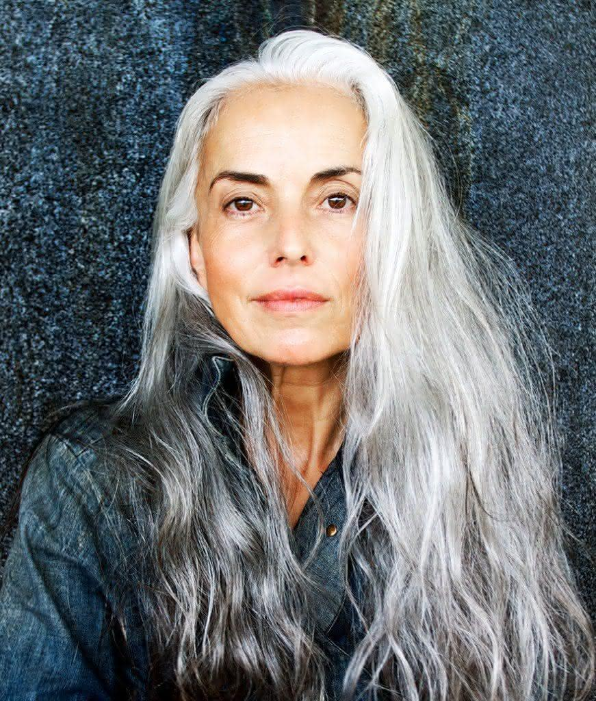 59-years-old-grandma-fashion-model-yasmina-rossi-12__880-871x1024