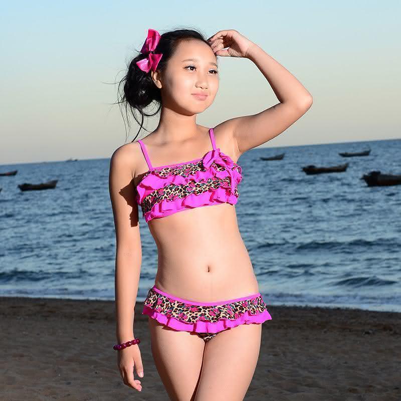Free-shipping-Swimwear-font-b-Kids-b-font-2015-Biquini-Infantil-Girls-Swimwear-Bikini-font-b
