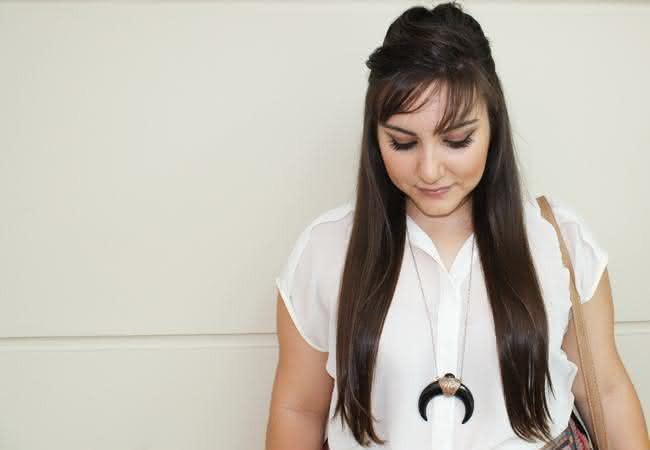 cabelo-longo-colar