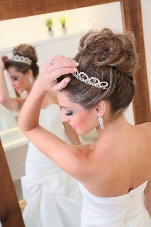 penteados-para-casamento-noivas-cabelo-preso