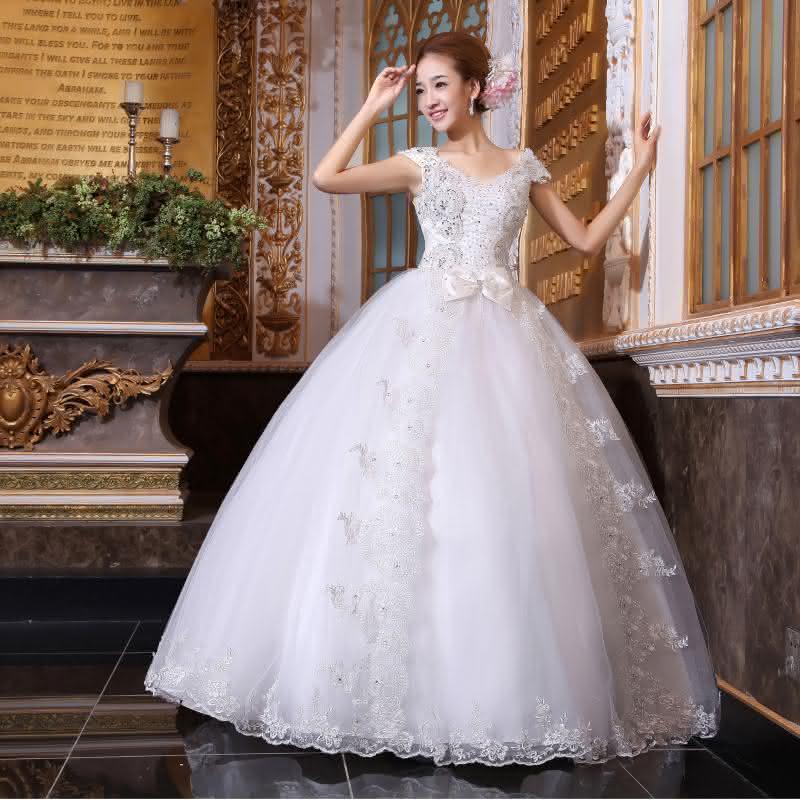 belos-vestidos-de-noivas-estilo-princesa