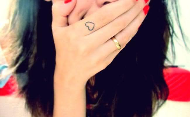 tatuagens-femininas-delicadas-001