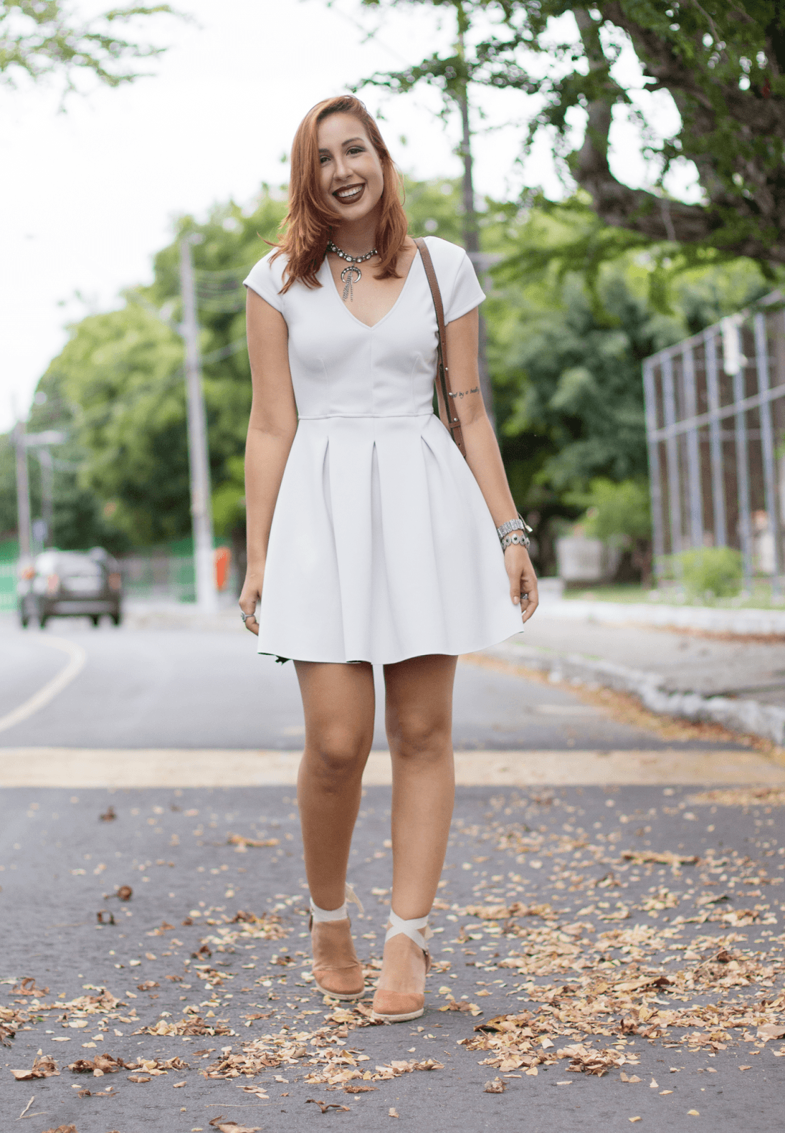 0aaf84abe4 ... vestido-branco-rodado-espadrille-salto-plataforma-antenantenada-1 01