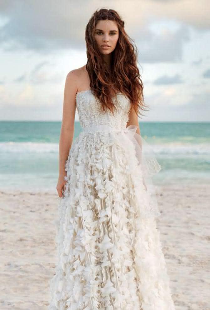 casamento-de-noiva-vestido-na-praia-13