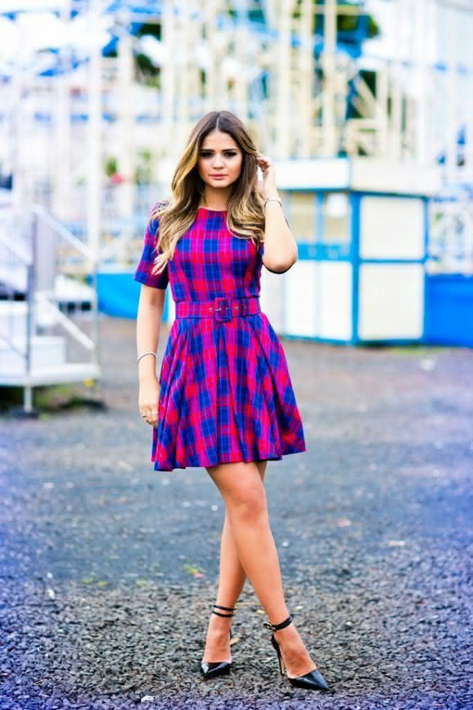 vestido-evasê-curto-xadrez