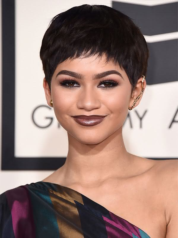2015-grammys-hair-zendayas-new-pixie