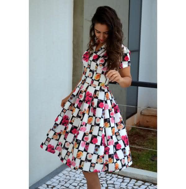 naty-romao-moda-evangelica-vestido-tamara2-600x607
