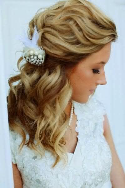 penteados-para-casamento-madrinhas-cabelos-longos-3