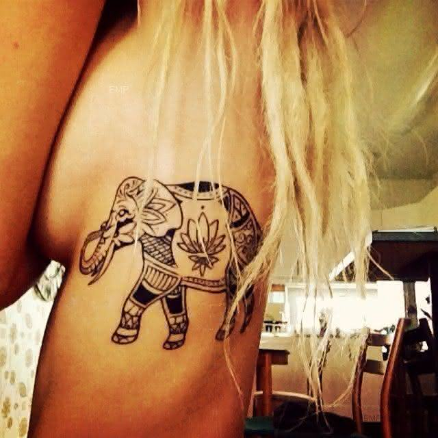 16-tatuagem-feminina-na-costela-elefante