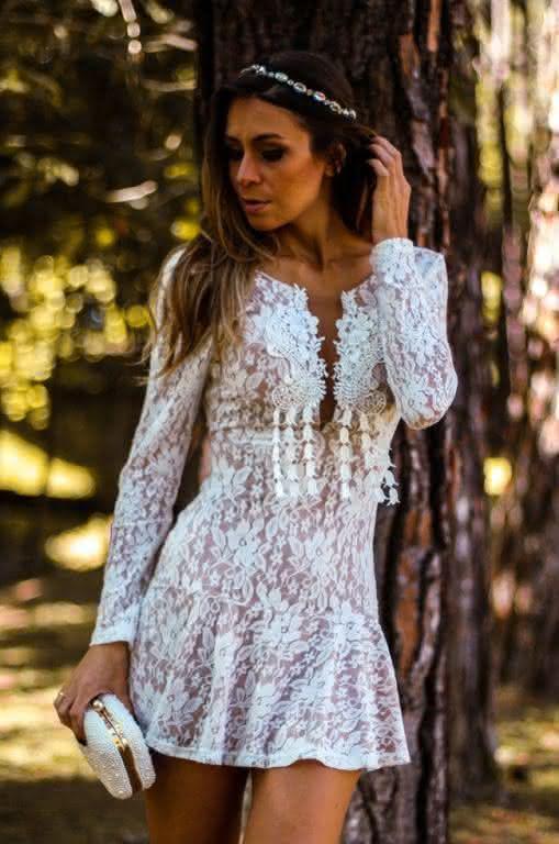 vestido de renda- branco curto