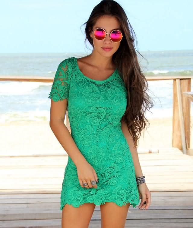 vestido de renda- verde curto