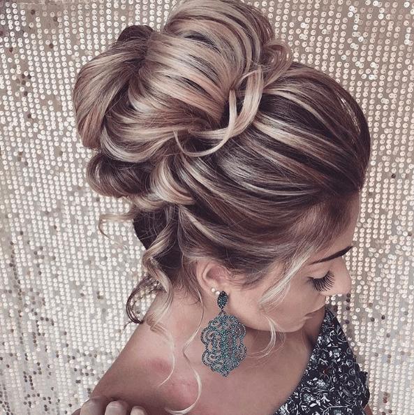 penteados para madrinhas sofisticados