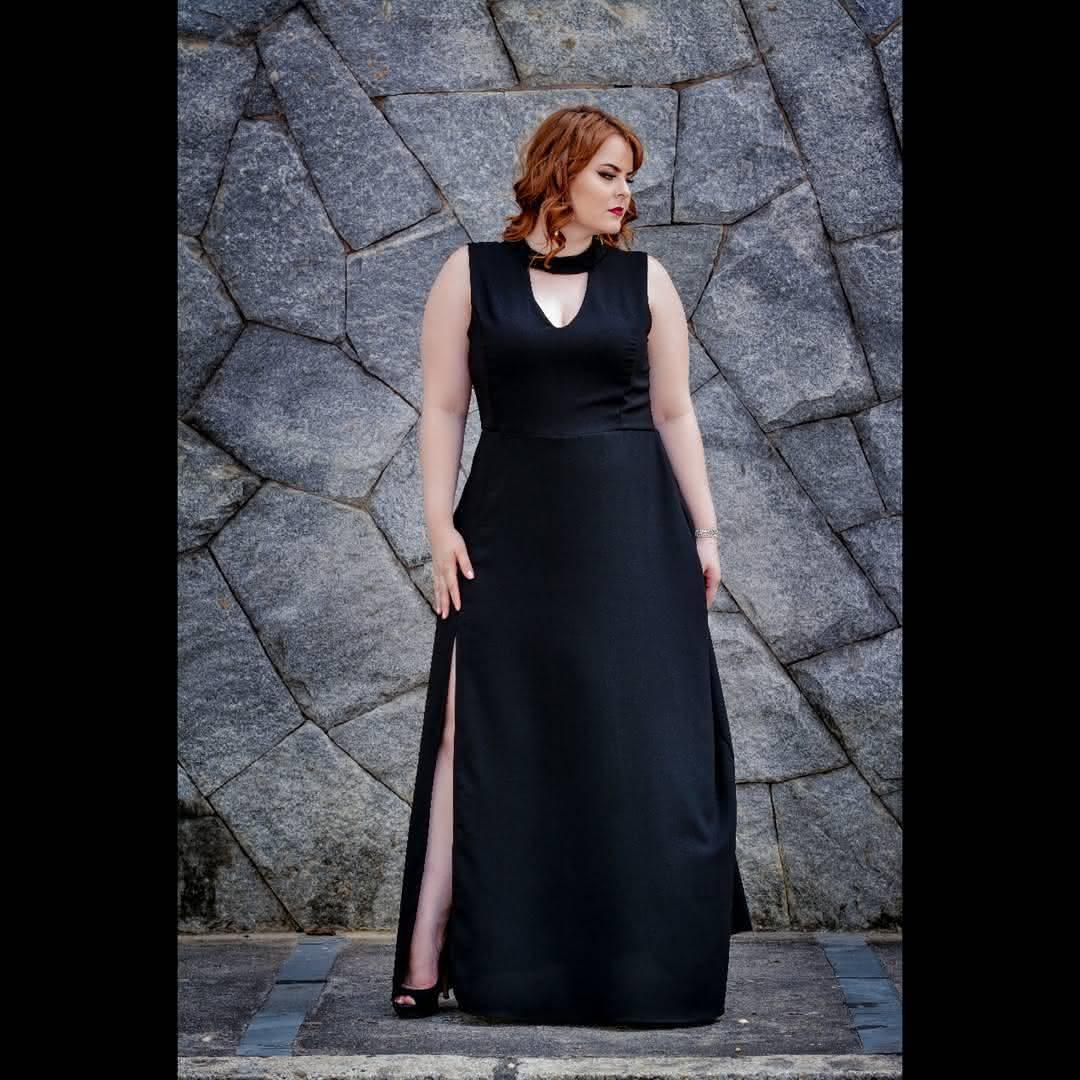 f04166703 São vestidos para mulheres plus size 2019 com bordados, renda e tonalidades  expressivas que caem perfeitamente no corpo de qualquer mulher, indo dos  longos ...