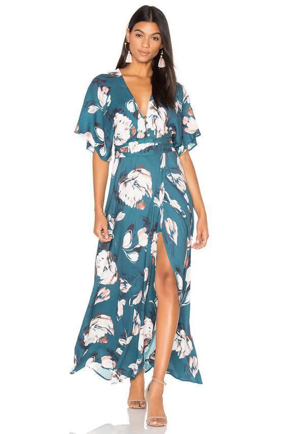 ed3533a2a Olha só que lindos os modelos de vestidos estampados 2019 que a gente  separou para te mostrar.
